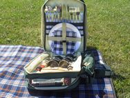 4 Person Picnic Hamper Backpack and Cooler Bag