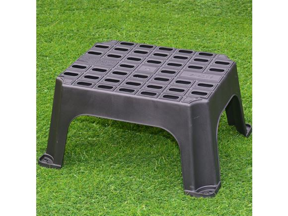 Milenco Giant Single Plastic Caravan Step product image